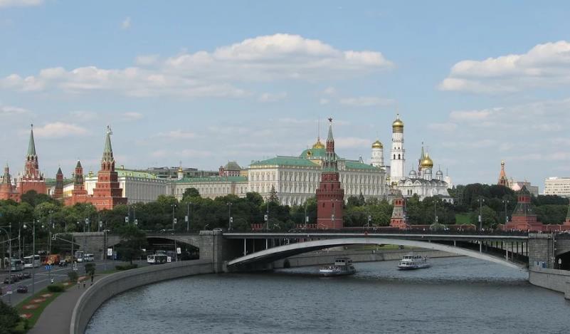 В Москве объявлена обязательная самоизоляция для всех, статистика распространения коронавируса